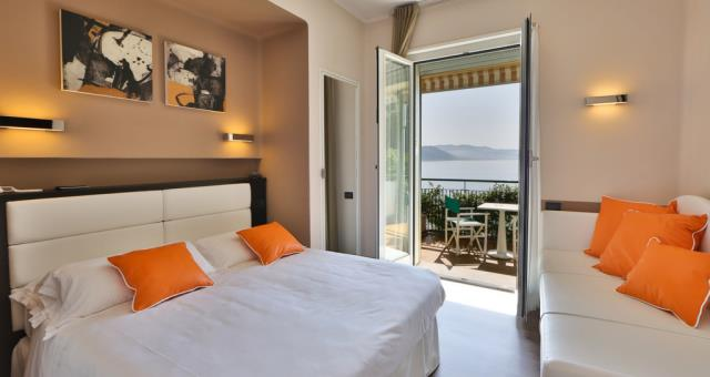 Choose between hill and sea-view rooms!