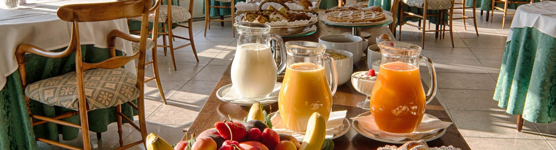 Rich breakfast buffet at the BW hotel Regina Elena Santa Margherita Ligure