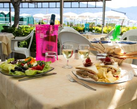 Would you like a hotel in Santa Margherita Ligure with a restaurant? Choose the Best Western Hotel Regina Elena